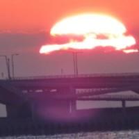 周防灘に浮かぶ朝日